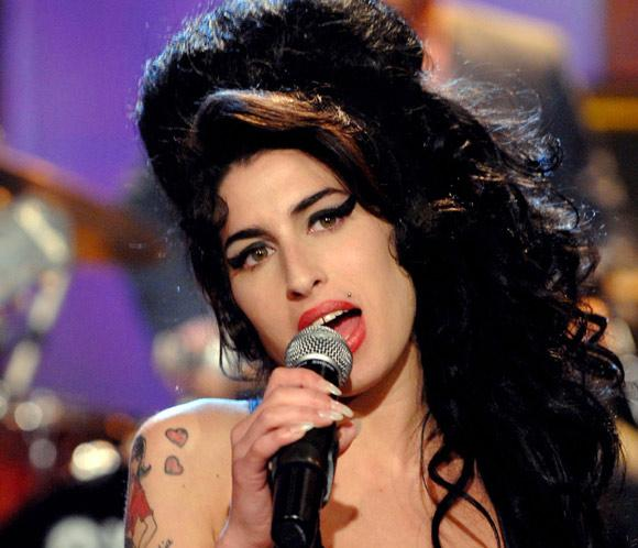 Amy Winehouse, absuelta de la supuesta agresión a una fan