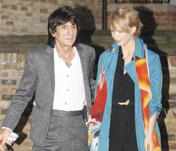 Ron Wood y Ekaterina ponen fin a su 'accidentado' noviazgo