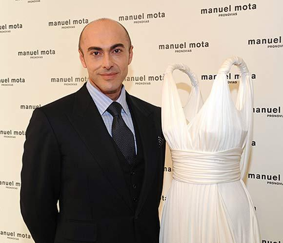 Fallece el director creativo de Pronovias, Manuel Mota