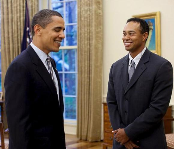 Obama juega golf con Tiger Woods